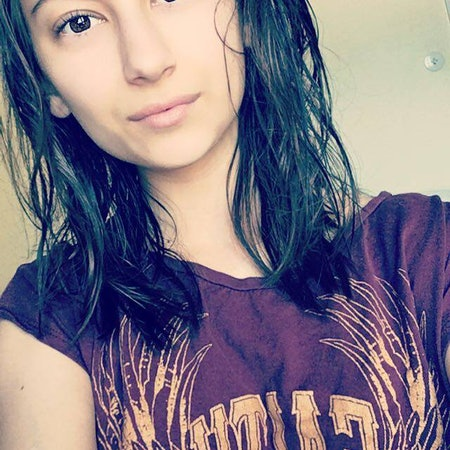 Elina K.
